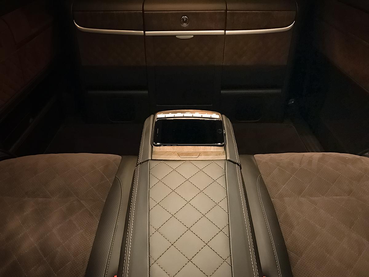 Заказ офиса на колесах Mercedes Viano
