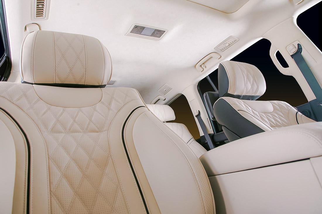 Установка комфортного ряда сидений на Lexus