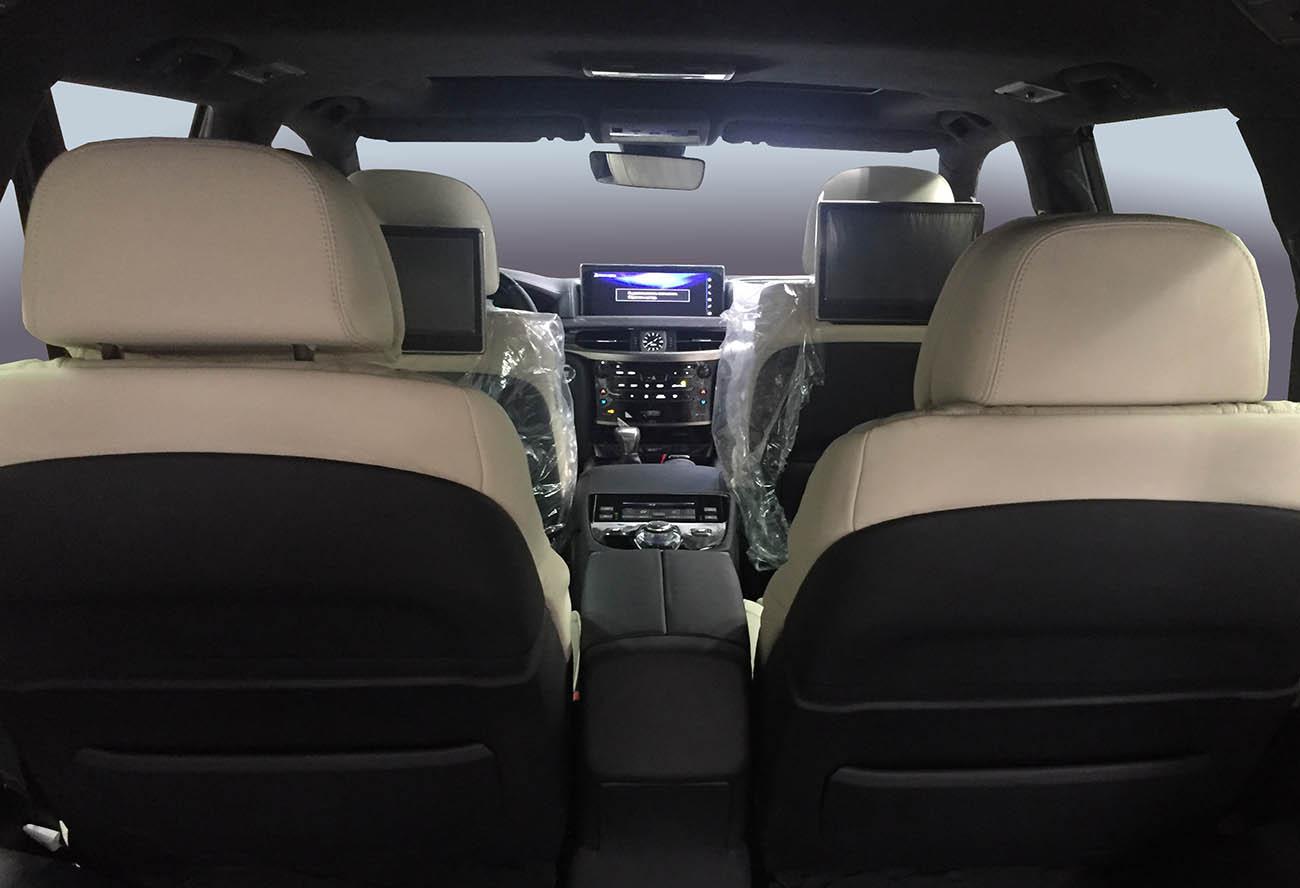 Раздельные комфортные сидения в Lexus LX