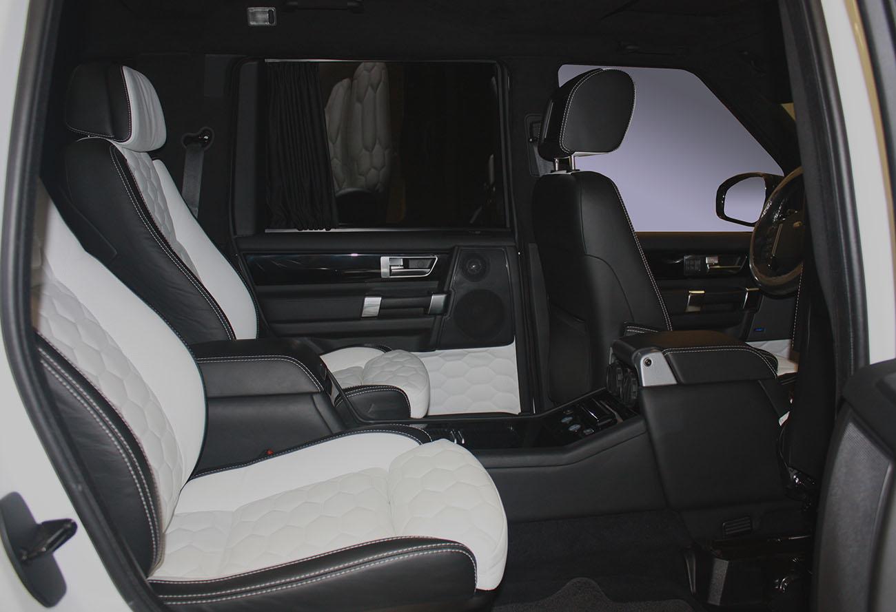 Установка комфортных кресел в Land Rover